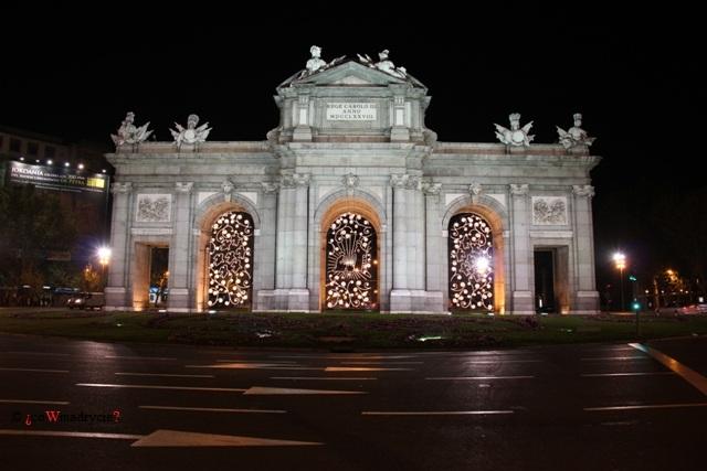 Brama Alcala w Madrycie