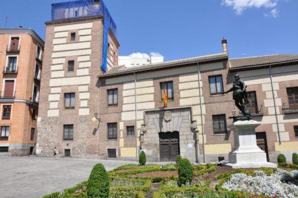 Plaza de la Villa100