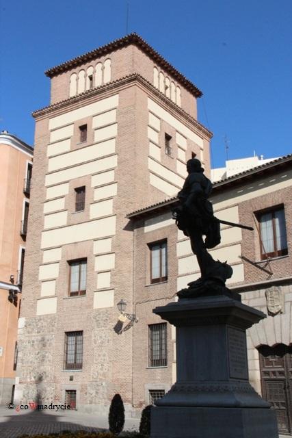 Wieża i dom rodziny Lujanes w Madrycie