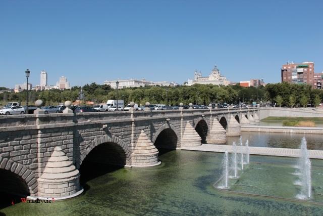Most Segowia w Madrycie